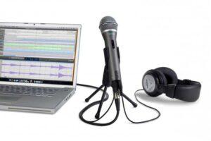 Как подключить внешний микрофон к ноутбуку?