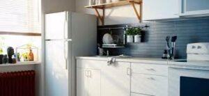 Просто и быстро: как подключить холодильник к электросети?